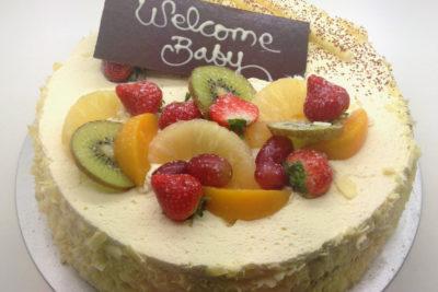 Mardi's Fresh Fruit Sponge Cake